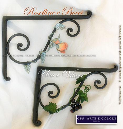 Mensole e consolle in ferro battuto decorato a mano gbs for Mensole in ferro battuto