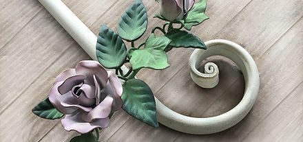Rose e Bocci Curtain Rod. Wrought iron. Made to measure.
