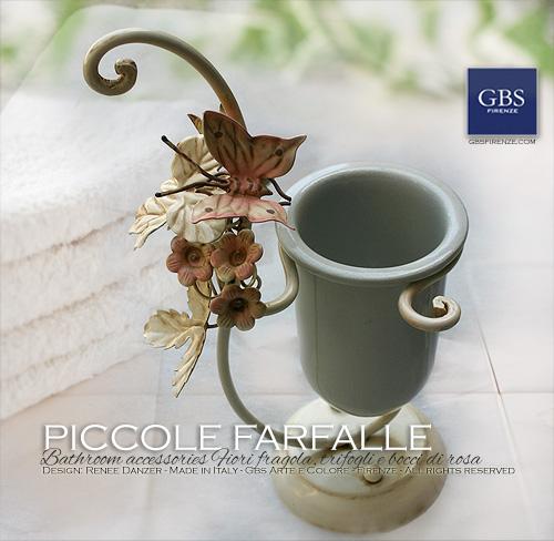 Accessori per il bagno, collezione Piccole Farfalle. Ferro battuto e decorato a mano.