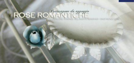 Bagno rose romantiche. Porta sapone da appoggio. Ferro battuto.