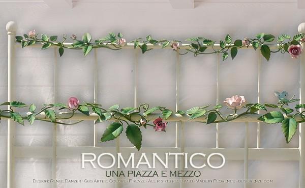 Letto Romantico con rose rampicanti. Letto in ferro battuto ad una piazza e mezzo.