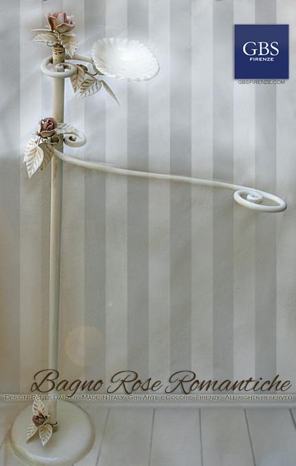 Bagno Rose Romantiche. Accessorio in ferro battuto. Da terra
