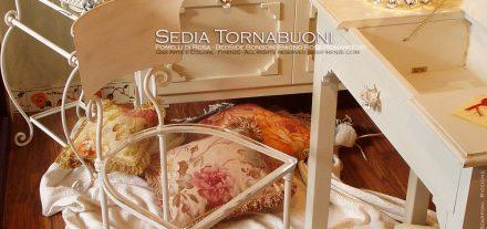 Sedia Tornabuoni roselline rampicanti, seduta trasparente plexiglas. Pomelli di Rosa. Bagno. Bonbon roselline. GBS. Ferro battuto